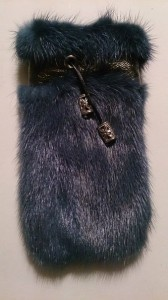 Синий чехол