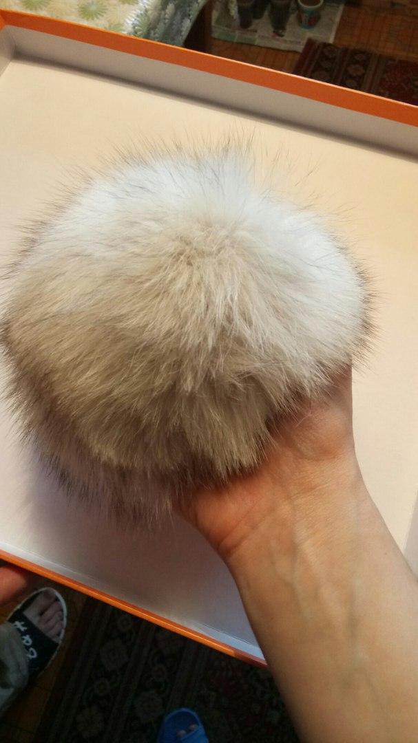 Меховой помпон на шапку