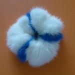 Резинка из белой и голубой норки